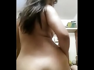 Gorgeous looking hot Indian GF sexy video