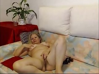 hot mature babe on webcam - hotcam-girls.com