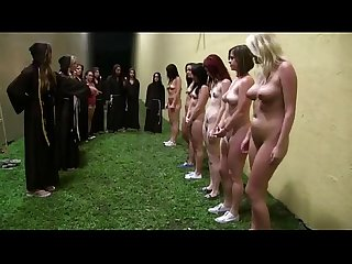 Sorority newbies do naked exercises as part of initiation