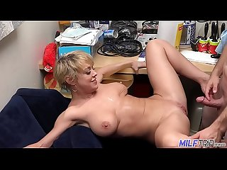 Thick and sexy blonde MILF Dee Williams - Part 1