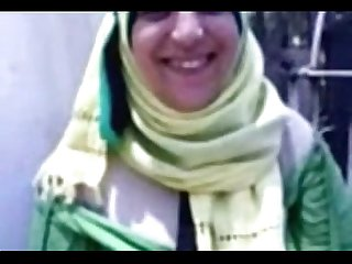 Egyptian hijab sharmota sucking a dick live arabsonweb com