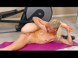 Yoga masturbation at hardbodycams period com