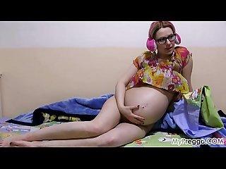 Pregnant anny 06 from mypreggo com