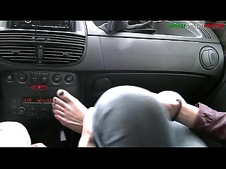 UI030-Driving with Giulia - Amateur Foot Fetish