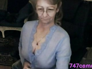 Lovely granny with glasses 747cams com