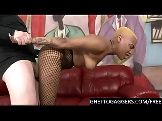 Hard deepthroat & doggy for yellow head black slut