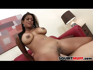 Maxine x squirting pussy