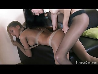 Straponcum addicted to pantyhose fetish