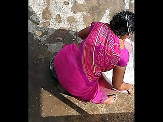 Aunty washing
