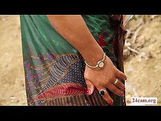 Hot Desi Bhabhi bathing 24cam org