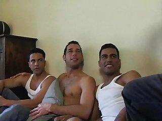Trio Latino bem safado gaysamadores com