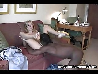 Deep creampie for white pussy from black cock http amateurcammers com