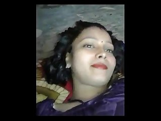 Desi girl fucking with coustomar with clear hindi audio 2017