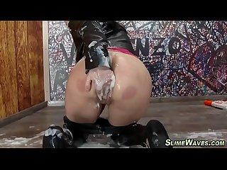 Fetish babe gets wam cum