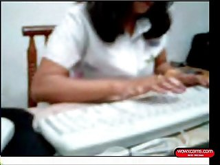Indian woman showing her body bf in office cam 38 min