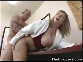 Slut doctor gives patient a discount