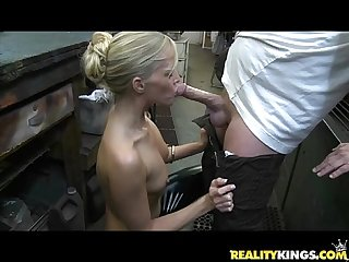 Jessica gets her courgar twat treated by the milf hunter S cock