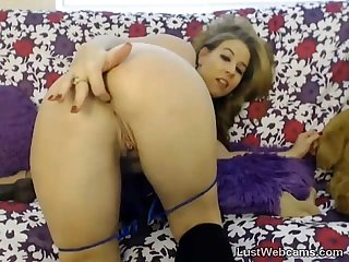 Blonde milf toys herself on webcam