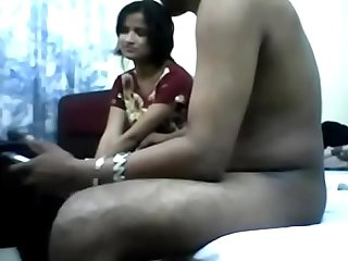 Young indian teen loosing her virginity meet guy on site indiansxvideo.com