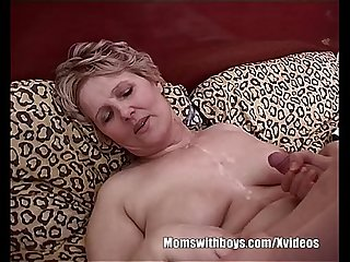 Fat mommy fucking her son S bestfriend
