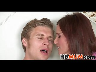 Mums wet pussy is tasty