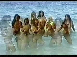 Classic big tits babes have fun at the beach Masterpiece