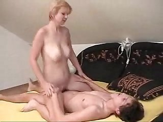 Nastyplace org mom came to her young lover