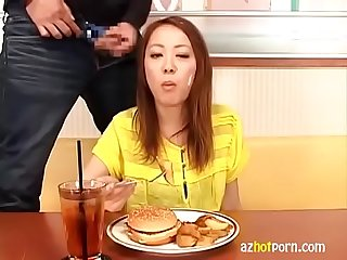 How To Eat Japanese Food.MP4
