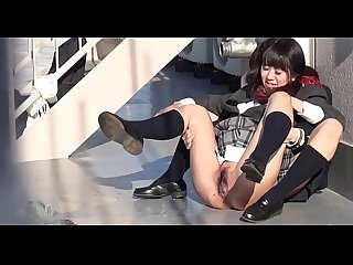 Japanese teen schoolgirl pissing 04