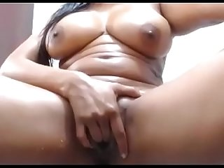 Hot ebony fat pussy masturbate