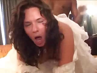Cuckold in the weddingdress
