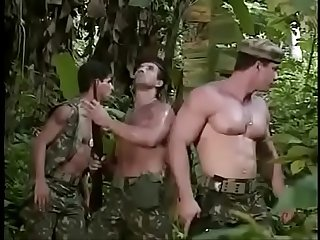 Uma putaria na selva do caralho