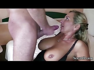 German Mom call the Boyfriend of Daughter to Fuck her