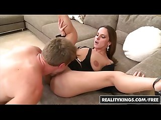 RealityKings - Milf Hunter - (Krystal Main, Levi Cash) - Fancy Banging