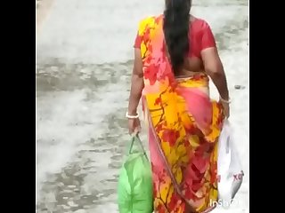 HUGE ASS AND BOOB OF BENGALI SLUT ON ROAD 2