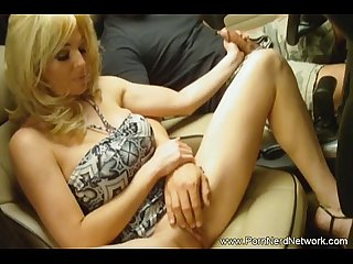Horny milf housewife satisfies