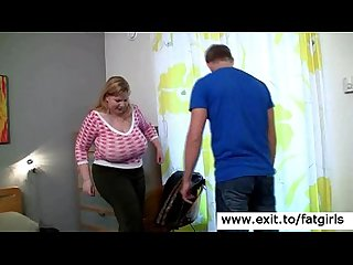 Fat blonde cougar mom seduces her masseur