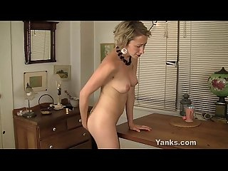 Lonely milf fucks a table until she orgasms Kiki