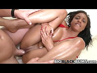 Sexy black babe Gigi