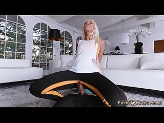 Dad cumshot ally s daughter and mother forces stretching your stepmom