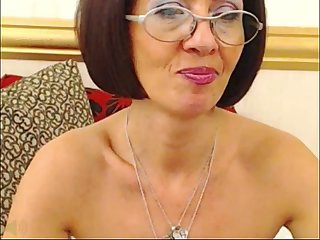 Mature lady milou spreading holes on webcam
