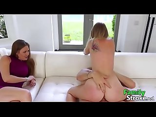 FamilyStroke.net: Daddy and Daughter Caught By MOM