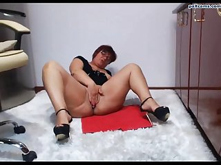 Chubby girl fingers pussy on cam paxcams period com