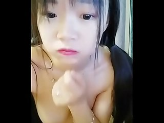 So Fucking beautiful Young chinese girl shows her big boobs