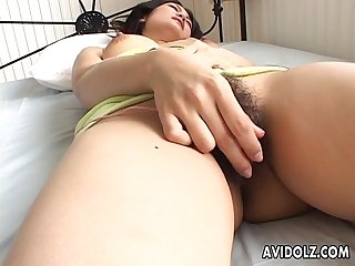 Solo session leading to her strong and pleasing orgasm