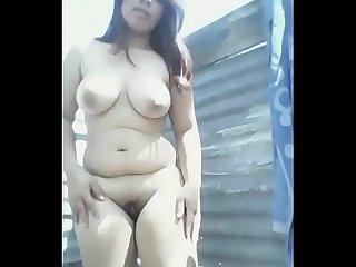 Bandose y desnudndose