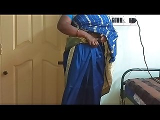 Des indian horny cheating Tamil telugu Kannada malayalam Hindi wife vanitha wearing blue colour sare
