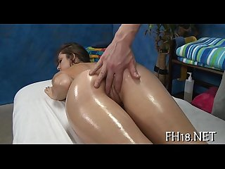 Sexy sexy babe fucks and sucks