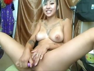 Honry asian cam girl gets wild more sexyasiancams mooo com