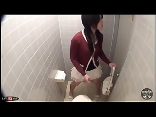 Cute Japanese Wetting in Toilet Prank